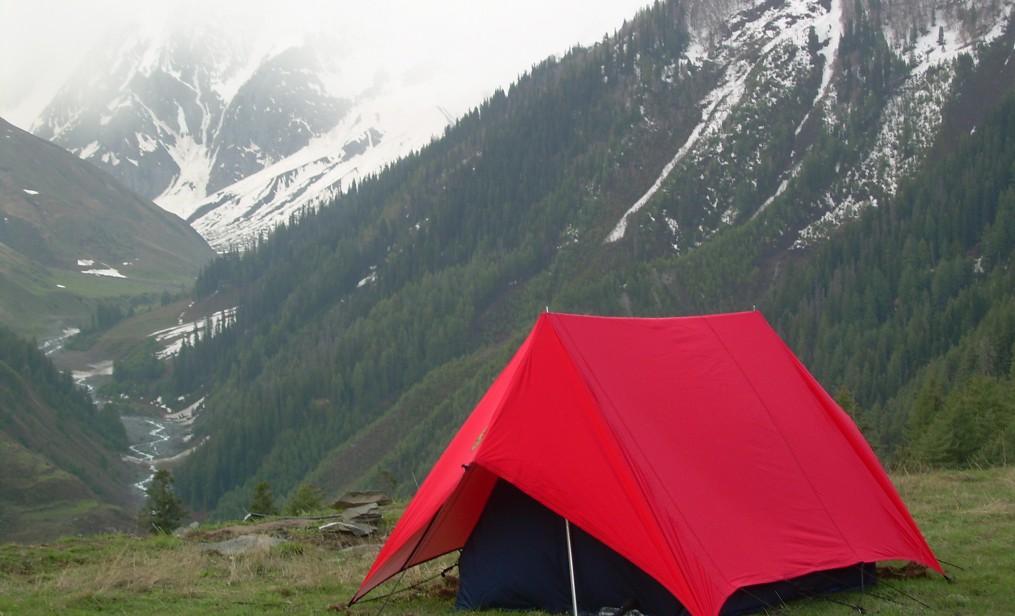 cropped-camping-at-dalotu2.jpg